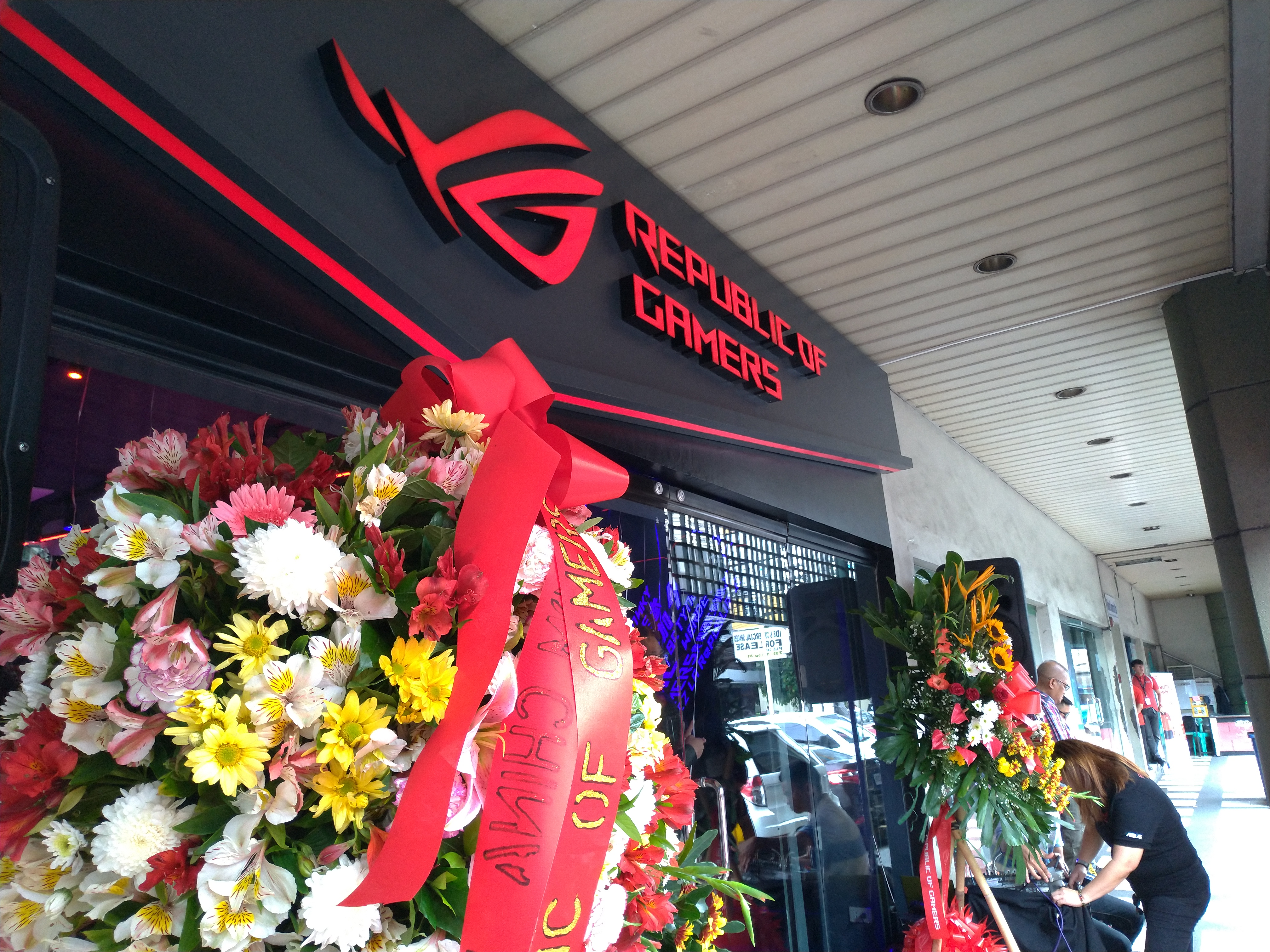 ASUS ROG opens Concept Store in Gilmore, announces new